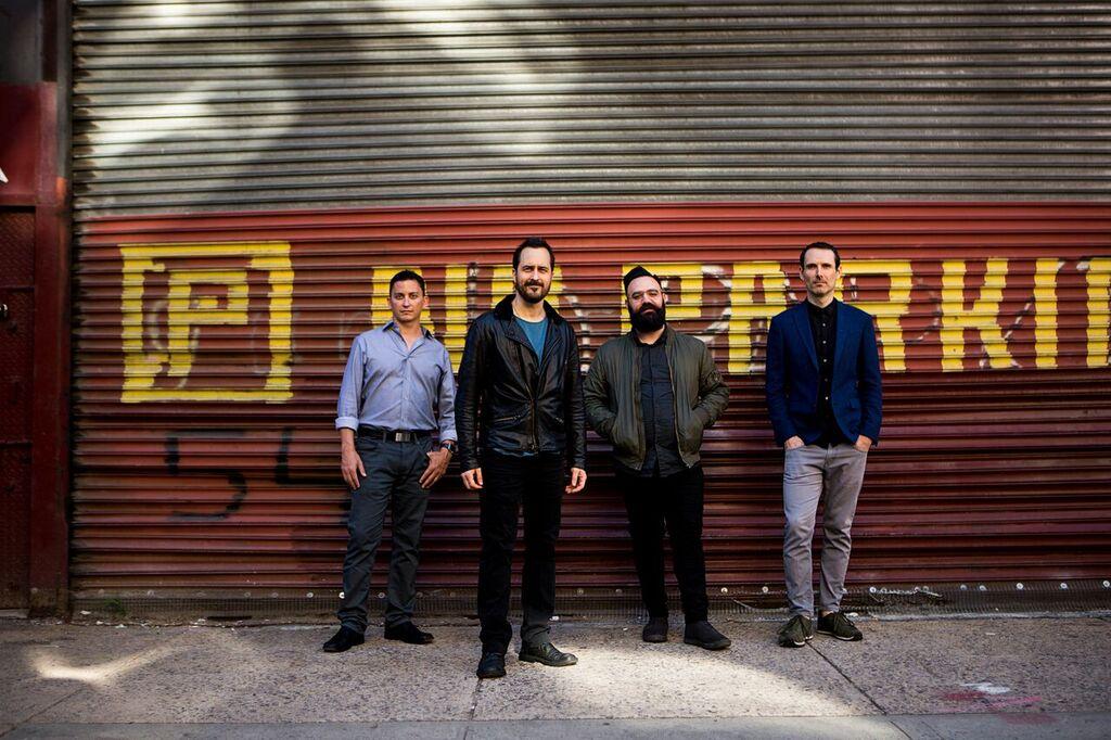 ραντεβού Les Paul κιθάρες online dating μέγεθος στήθους